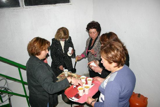 La Asociación de Amas de Casa de la pedanía de Lébor celebró una cena de convivencia, Foto 2