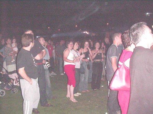 """Noche musical en el """"Juan Cayuela"""" con «Amaral» y «Guerrilla Gorila», Foto 3"""