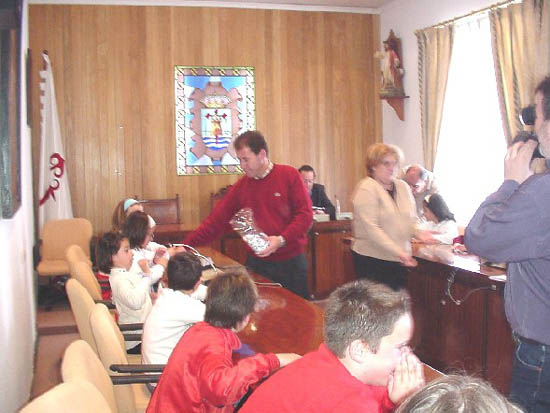 """Alumnos del colegio """"Reina Sofía"""" solicitan una biblioteca para la zona donde se ubica el centro, Foto 1"""