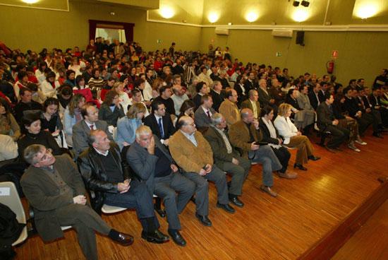 Se celebró el acto de entrega del Escudo de Oro de la Ciudad a título póstumo a Antonio Garrigues y Díaz-Cañabate, Foto 3