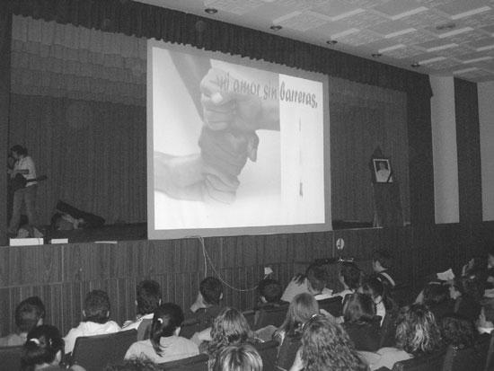 """El colegio """"La Milagrosa"""" acogió el pasado día 9 de abril un encuentro de jóvenes cristianos, Foto 1"""
