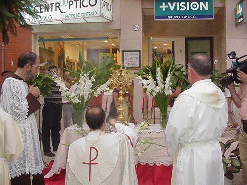 La procesión del Lunes de los Frailes recorrió las calles de la localidad, Foto 3