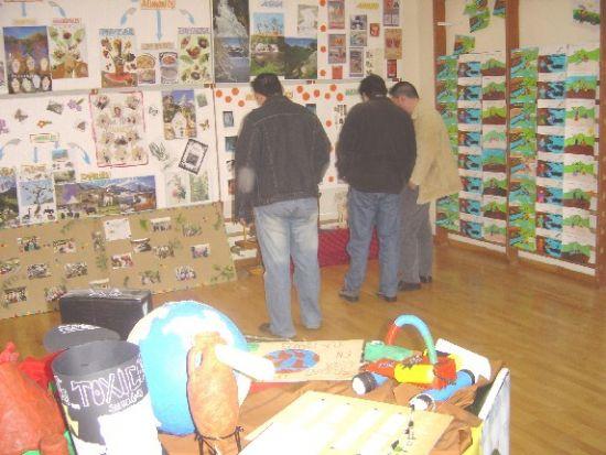 El colegio «La Milagrosa» organiza la II Semana Cultural Solidaria bajo el lema Salvemos la tierra, Foto 1