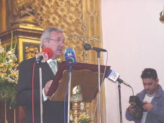Ramón Luis Valcárcel rememoró la tradición nazarena en el Pregón de la Semana Santa, Foto 1