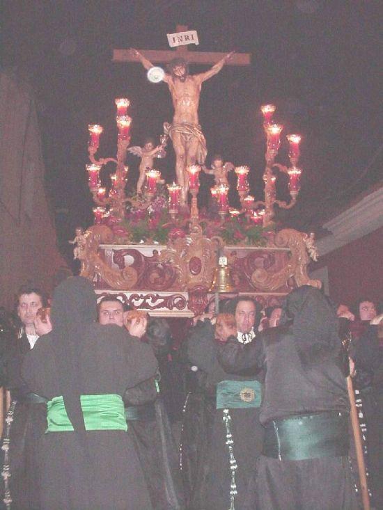 La lluvia obligó a suspender la procesión de Viernes Santo por la mañana, aunque la del Santo Entierro sí se celebró, Foto 3
