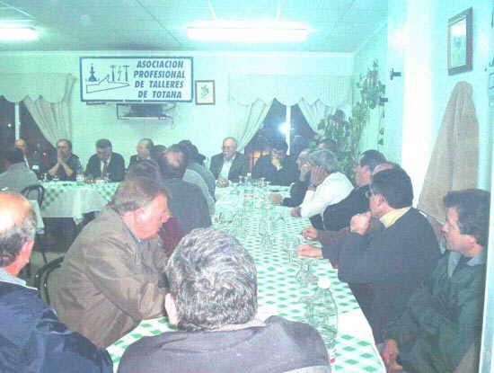 La Federación Regional de Empresas del Metal celebró una reunión del sector de talleres en Totana, Foto 2