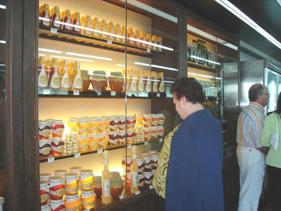 COATO abre una nueva tienda de productos de la tierra, Foto 1