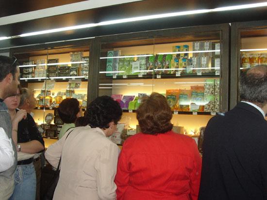COATO abre una nueva tienda de productos de la tierra, Foto 4