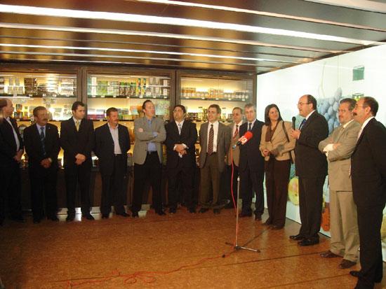 COATO abre una nueva tienda de productos de la tierra, Foto 6