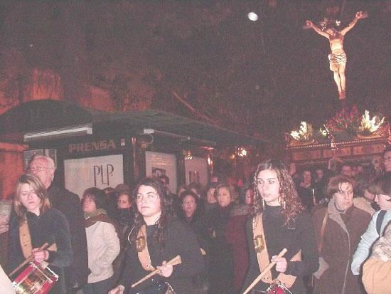 Numerosas personas participaron en el Vía Crucis organizado por la Hermandad de Jesús en el Calvario y Santa Cena, Foto 3