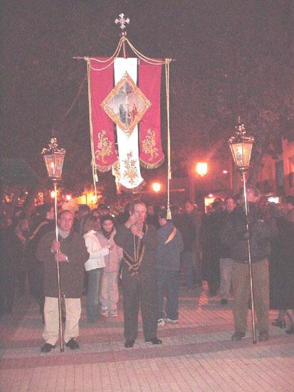 Numerosas personas participaron en el Vía Crucis organizado por la Hermandad de Jesús en el Calvario y Santa Cena, Foto 2